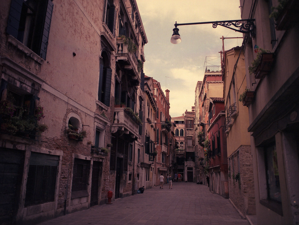 Venedig Mamiya 645 Pro400H.jpg