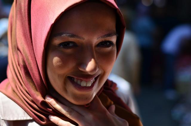 Joven turca en Estambul
