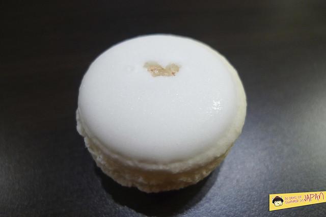asakusa - japanese macarons - sea salt macaron 2