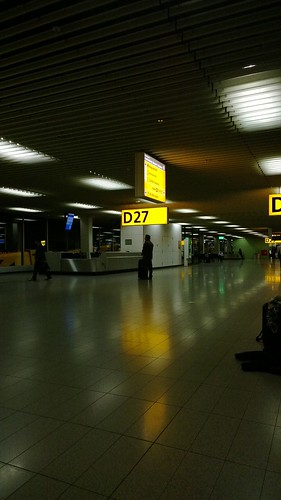 Follow the light. Schiphol. by despod