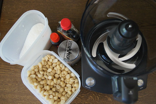 No Bake Macadamia Nut Biscuits  DSC04074