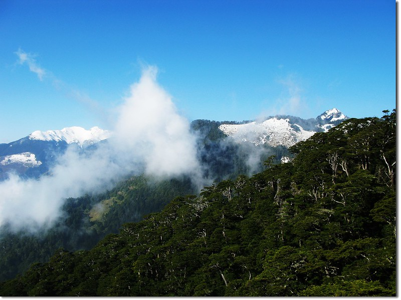 品田、雪山(From 池有山腰) 1