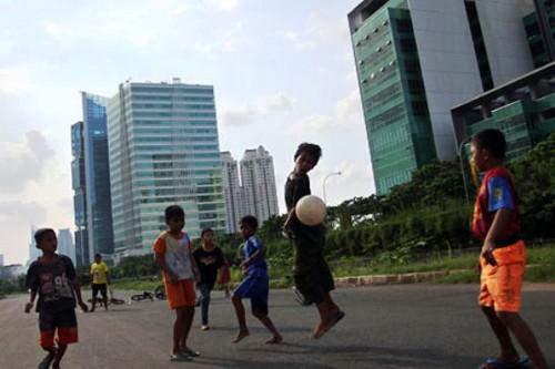 Anak Jalanan Indonesia Akan main Sepak Bola di Brasil