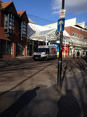CX62 VWO Parking the wrong way in a one way Street in Worcester 2014