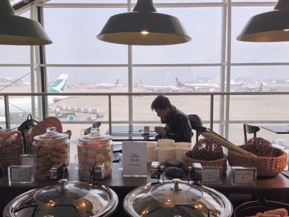 香港国際空港「プラザプレミアムラウンジ」