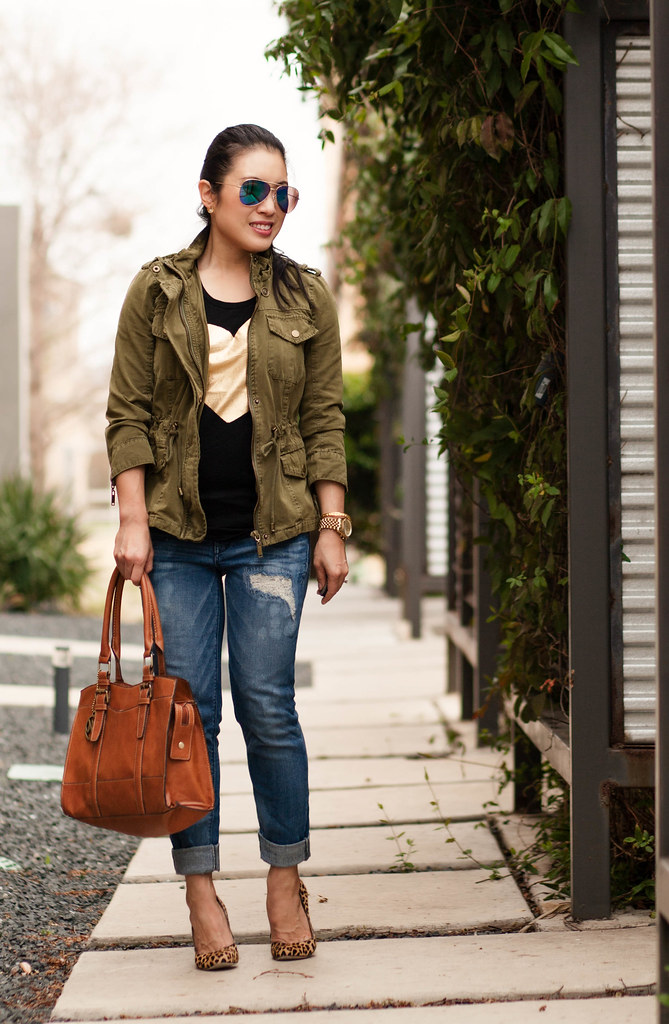 cute & little blog | petite fashion | casual spring layers outfit | utility jacket, j.crew heart graphic tee, distressed boyfriend jeans, leopard print pumps, mirrored aviators