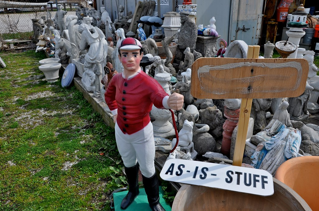 Lawn Jockey - Pat's Concrete Products - White Marsh, MD - STILL OPEN! 2016!