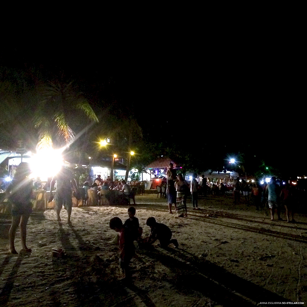The scene at night in the middle of Panglao Island