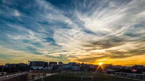 park city blue sunset cloud weather yellow skyline clouds arlington evening virginia cloudy soccer va february crystalcity hdr cirrus soccerfield arlingtoncounty 2015 publicpark highclouds longbridgepark shadeofblue shadeofyellow shadeoforange