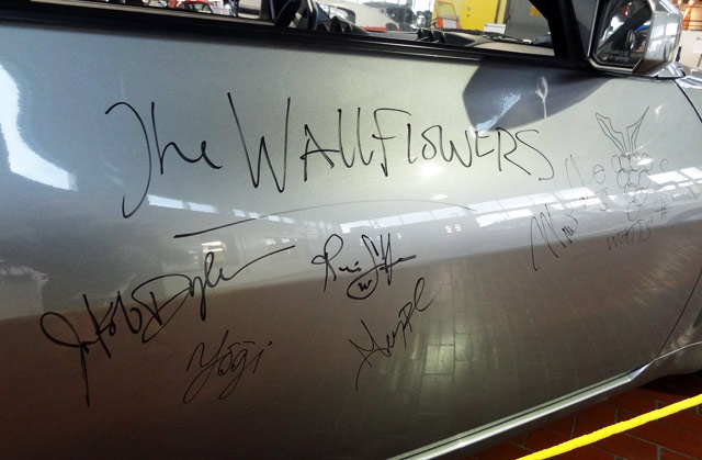 wallflowers-car
