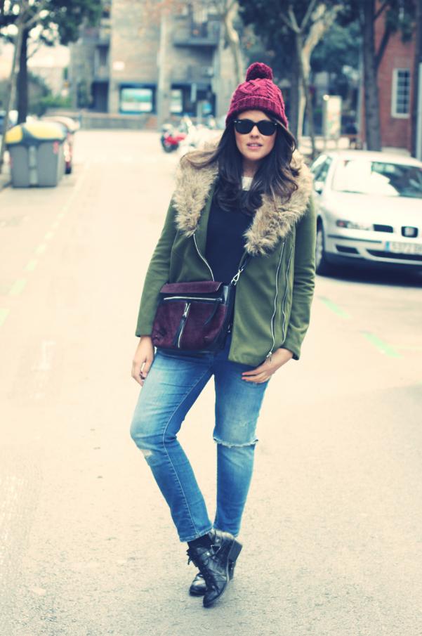 Look abrigo verde y granate