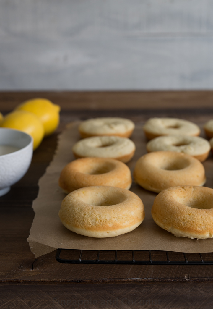 Baked Lemon Honey Creme Mochi Mochi Donuts Recipe — Dishmaps