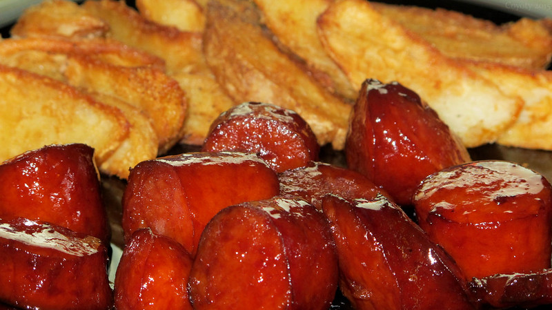 Tailgate keilbasa and potato wedges