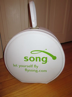Song Airlines Hatcase