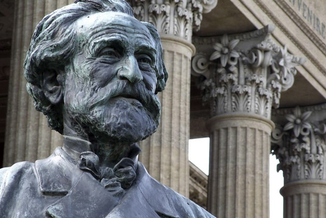 Bust of Giuseppe Verdi outside the Teatro Massimo in Palermo, Italy. Image by gnuckx