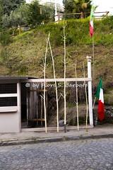 """Somma Vesuviana (NA), 2016, Il Sabato dei Fuochi sul Monte Somma: le """"perteche""""."""