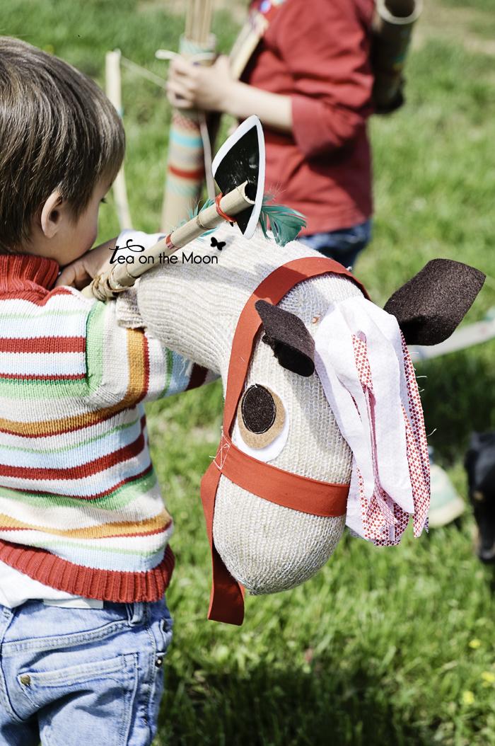 caballo hecho con calcetin 0
