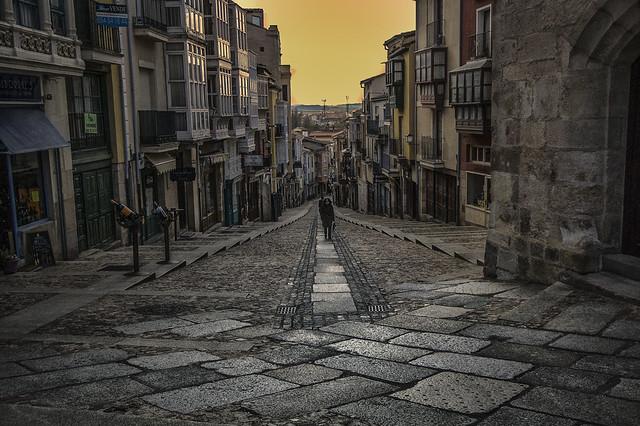 Walking Zamora