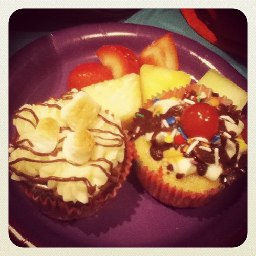 Cupcakes from last night! Mmmmmm... #cupcakes #smores #sundae