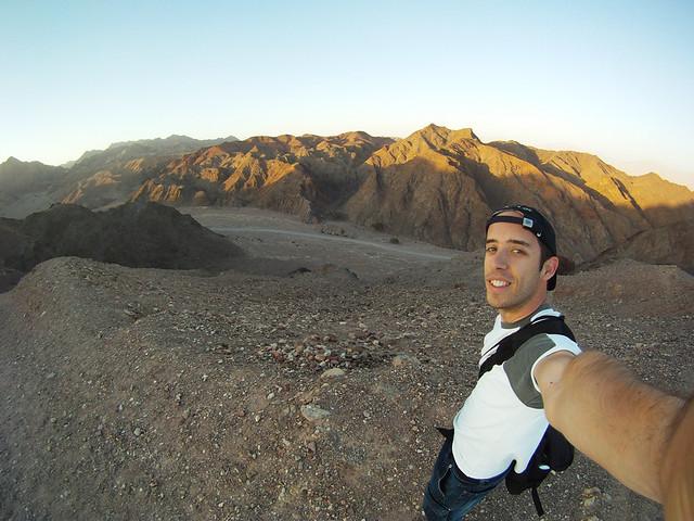 Frente al desierto de Neguev en Israel