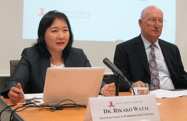 Dr. Rikako Watai (seated left) explains her research on the foreign direct investment regulation in the US and Japan in the case of national security in her seminar at the East-West Center in Washington.