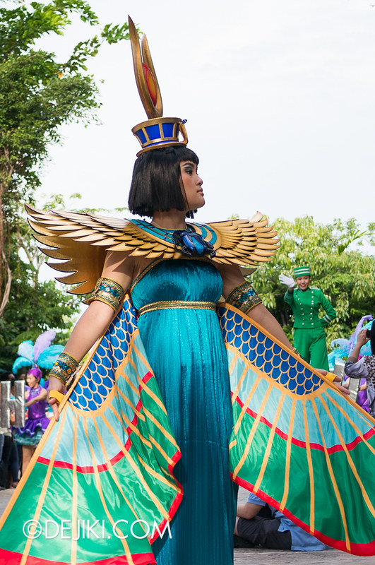 Universal Studios Singapore - Hollywood Dreams Parade - Ancient Egypt - Scarab Princess
