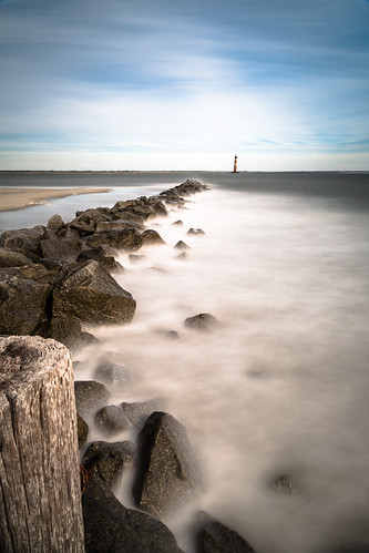ocean longexposure lighthouse beach sunrise timelapse exposure lighthouses southcarolina charleston filter follybeach ndfilter morrisisland morrisislandlighthouse