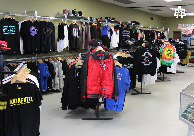 Authentic - Clothing racks