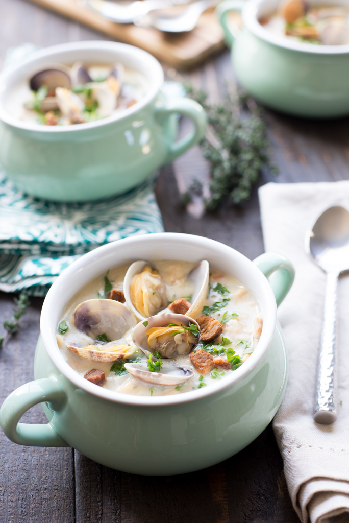 11864075804 264085e2fa b Best Ever New England Clam Chowder