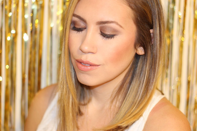 Smoldering Neutrals on Makeup Monday on Living After Midnite