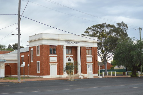 Trundle War Memorial School of Arts Hall