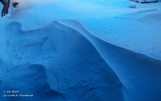 100_9079 - Snowdrift - Winter 2014 - 1-28-2014