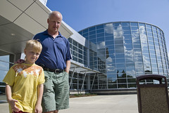 Family leaving Fort McMurray community centre