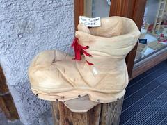 La prova delle #brooks #transcend a Bormio Valtellina correndo su stradine in salita test delle nuove scarpe da corsa per il runner che vuole essere veloce e protetto allo stesso tempo realizzata da Michele Ficara Manganelli di Assodigitale