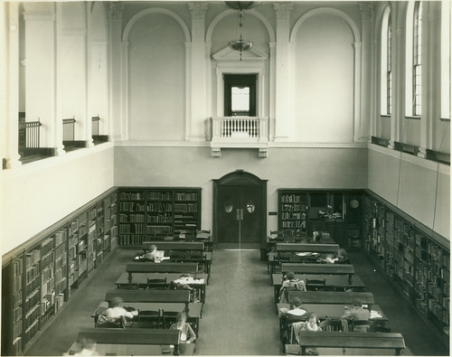 blackandwhite students interior library readingroom 30s sweetbriarcollege library1933acopy