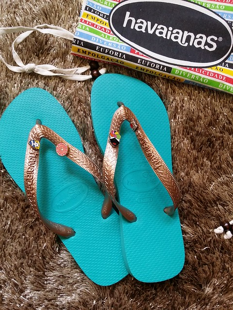13940745900 b971020fbe z Make Your Own Havaianas 2014