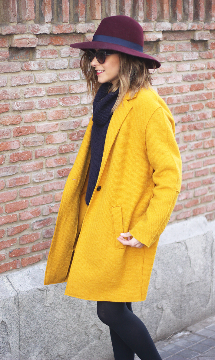 Mustard Coat01