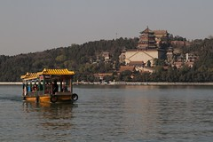 Boat on Kunming Lake, with Longevity Hill behind