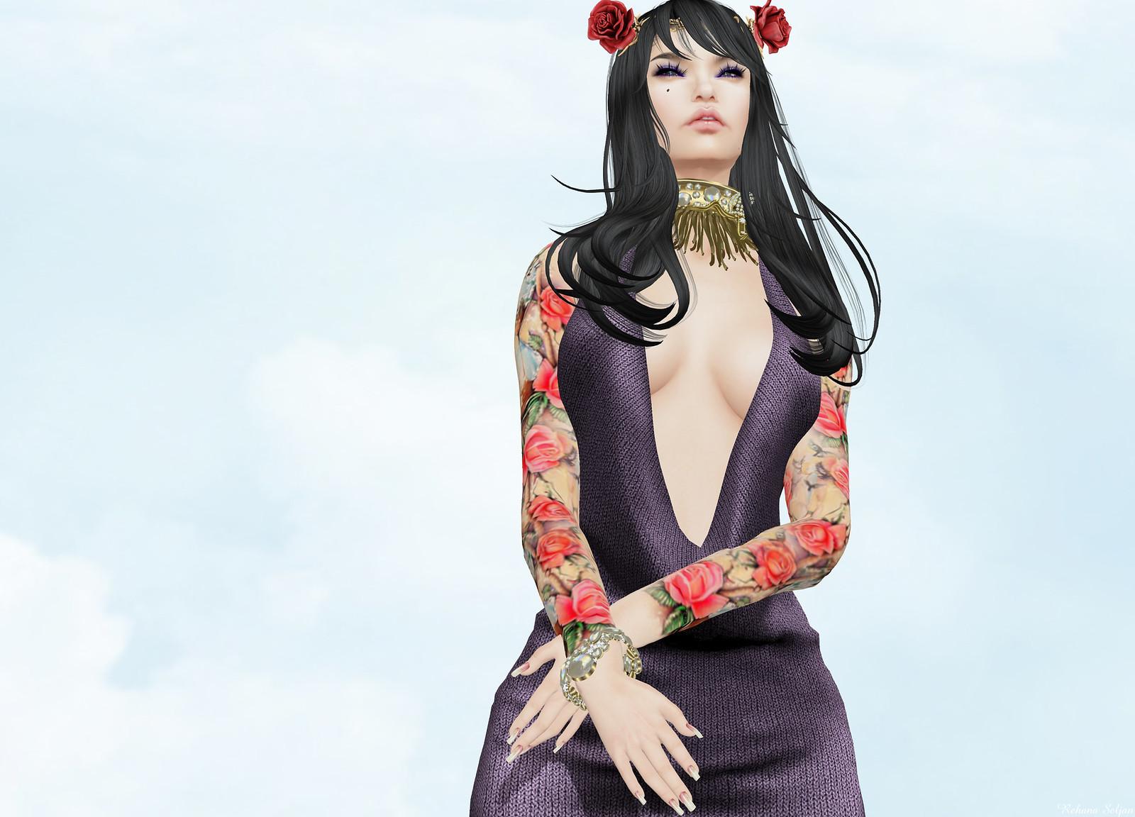 Carol G - Time Roses Tattoo
