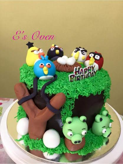 Angry Birds Themed Chocolate Mocha Cake by Erlyn Banal of E's Oven