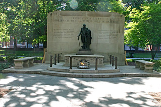 Image of Tomb of the Unknown Soldier of the American Revolution. history philadelphia monument statue memorial pennsylvania tomb revolution washingtonsquare historical revolutionarywar americanrevolution georgewashington unknownsoldier warofindependence tomboftherevolutionarywarunknownsoldier