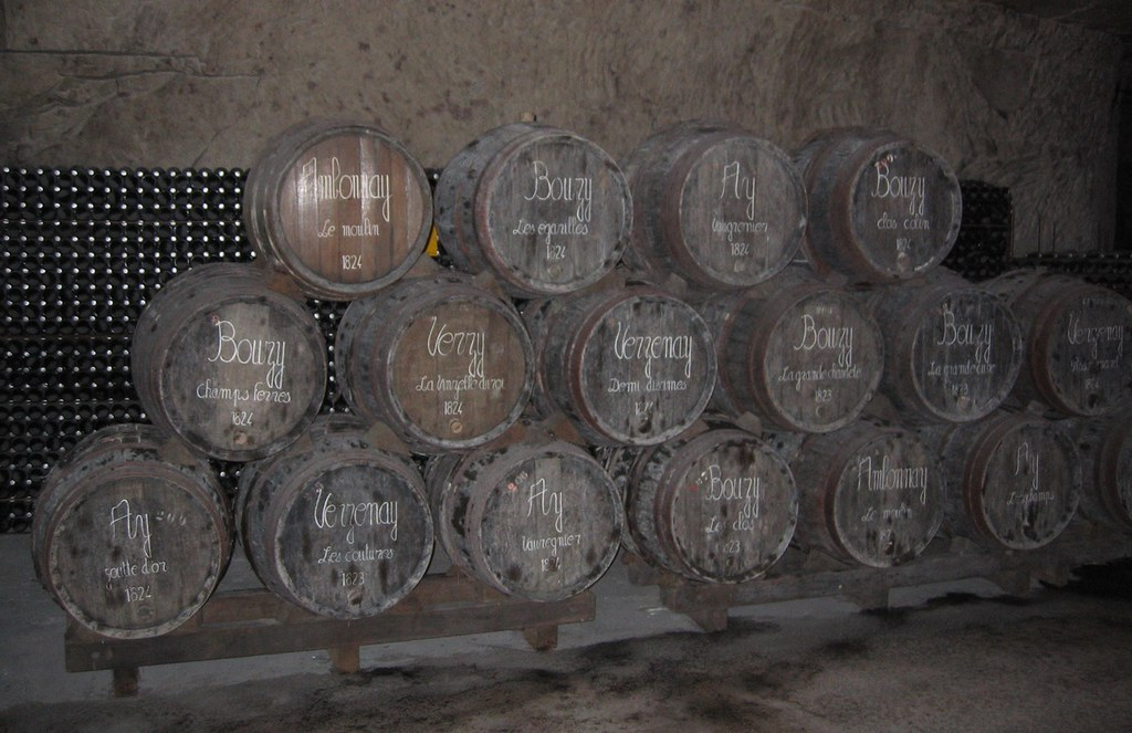 Barriles de la casa Veuve Clicquot fundada en 1772. Champagne. Autor, Tomas Er