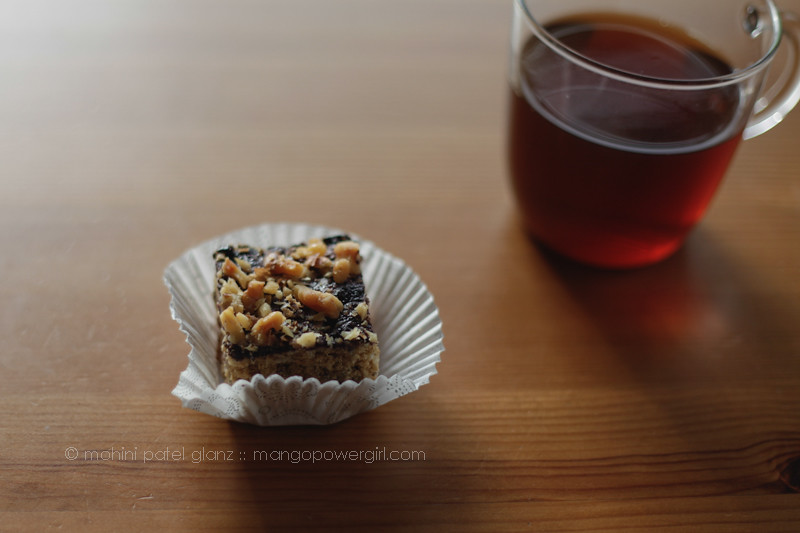 Blueberry Nut Oat Bars & Coffee
