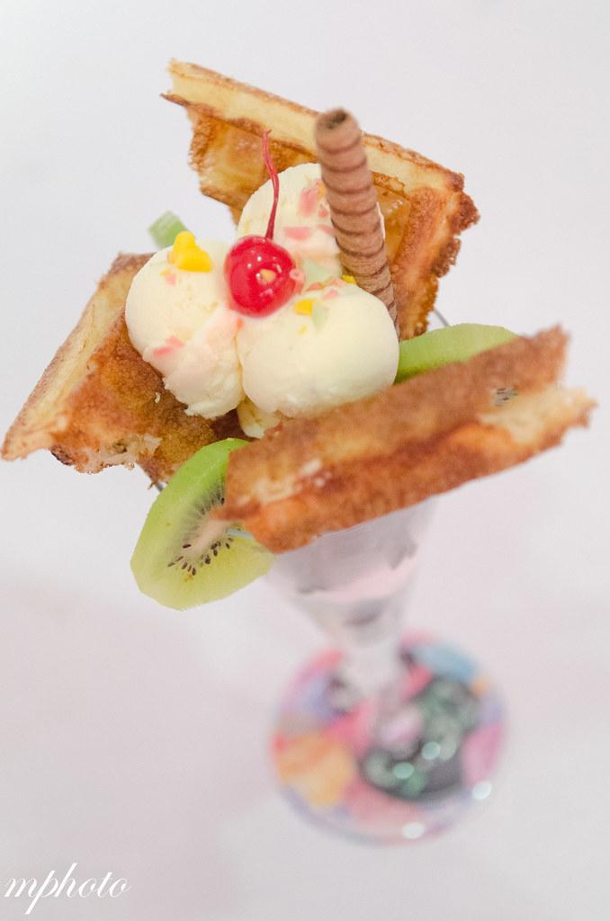 漫步在雲端 日本蛋捲鬆餅 台中義大利麵/甜點 華麗狂女士 華美店