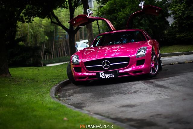 Pink Mercedes Chrome