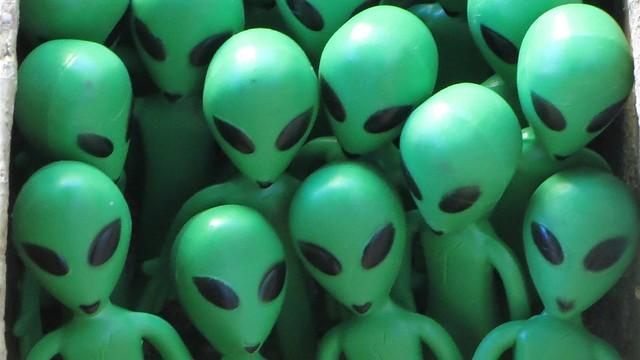 GroupET8 Aliens