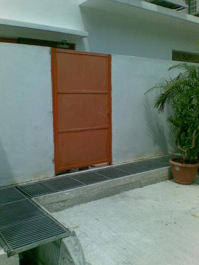 door02-744