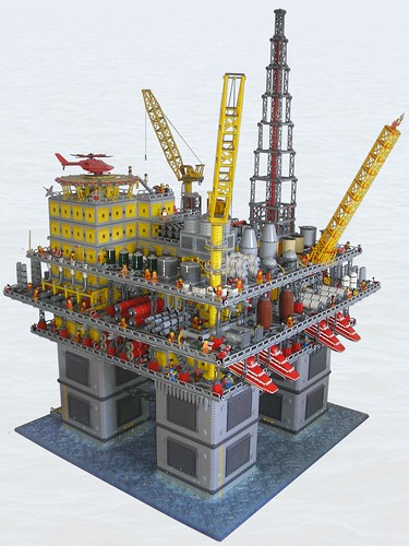 Massive Lego oil rig | The Brothers Brick | The Brothers Brick