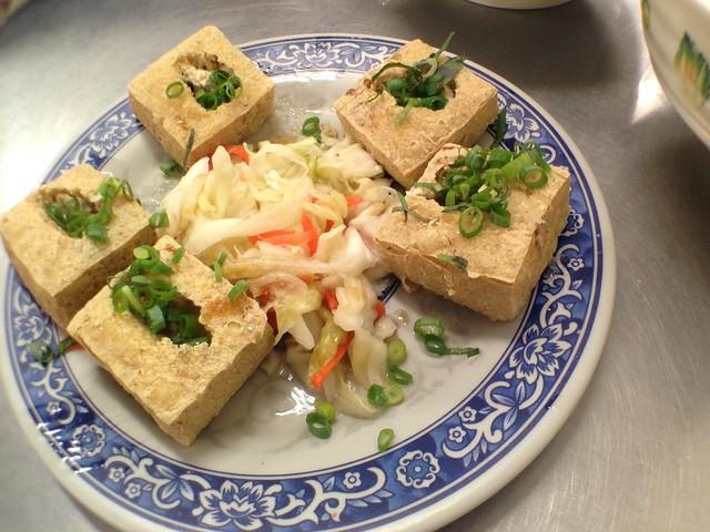 高雄七賢路香味海產粥,炸臭豆腐