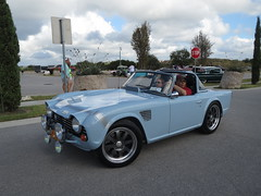 automobile, vehicle, triumph tr250, triumph tr5, triumph tr4, antique car, classic car, vintage car, land vehicle, convertible,